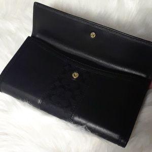 Coach Bags - Coach leather wallet  black color